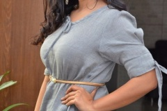Nithya-Shetty-new-pics-11