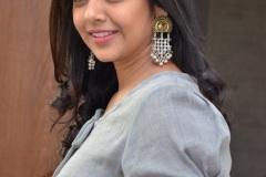 Nithya-Shetty-new-pics-12