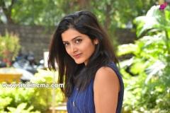 Pavani-Gangireddy-New-Photos-3
