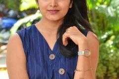 Pavani-Gangireddy-New-Photos-5