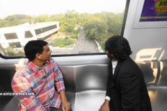 Pawan-Kalyan-travels-in-Metro-6