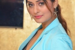 Payal-Rajput-New-Stills5
