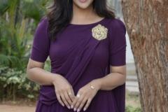 Pooja-Jhaveri-New-Photos-11