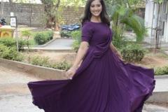 Pooja-Jhaveri-New-Photos-17