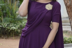 Pooja-Jhaveri-New-Photos-2