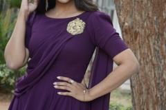 Pooja-Jhaveri-New-Photos-9