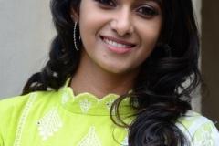 Priya-Bhavani-Shankar-new-photos-15