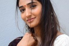 Priya-Vadlamani-new-pics-1