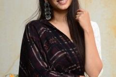 Priya-Vadlamani-new-pics-7