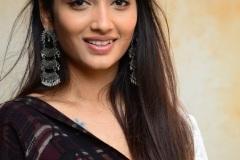 Priya-Vadlamani-new-pics-8