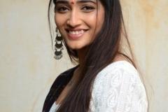 Priya-Vadlamani-new-pics-9