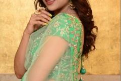 Priyanka-Sharma-new-photos-7