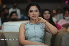 Priyankaamohan-New-Photos-13