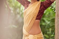 Raashi-Khanna-New-Stills-1