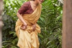 Raashi-Khanna-New-Stills-2