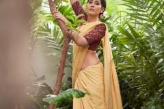 Raashi-Khanna-New-Stills-3