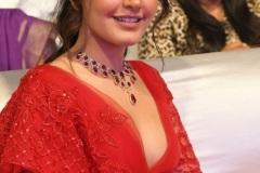 Rashi-Khanna-latest-photos-10