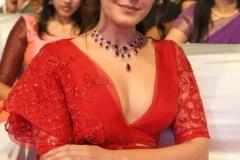 Rashi-Khanna-latest-photos-8