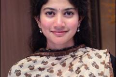 Sai-Pallavi-New-Photos-5