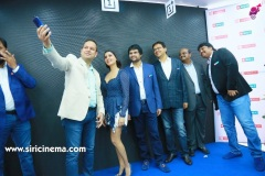 Samantha-Launch-One-Plus-Mobile-At-Big-C-13