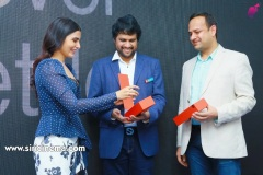 Samantha-Launch-One-Plus-Mobile-At-Big-C-5