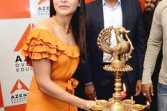 Samantha-launches-Azent-Overseas-education-center-Hyderabad-7