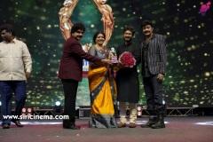 santosham-south-indian-film-awards-2019-Set-2-2