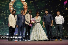 santosham-south-indian-film-awards-2019-19