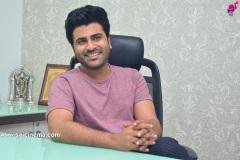 Sharwanand-interview-pics-7