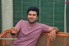 Sharwanand-interview-pics-9