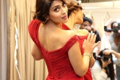 Shriya-Saran-New-Stills-3