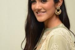 Simran-Chowdary-New-Photos-16