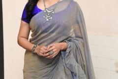 Singer-Sunitha-new-photos-4