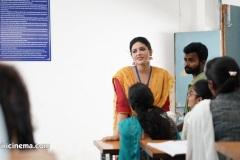 SR-Kalyanamandapam-Movie-Stills-3
