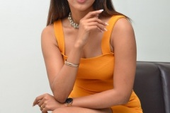 Shruti-Shetty-new-photos-8