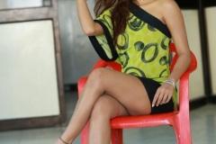 Sravani-Nikki-new-pics-4