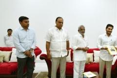 Telangana-CM-KCR-welcome-to-AP-CM-Jahan-@Pragathi-Bhavan-12