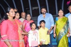 Telangana-Governor-Watched-SyeRaa-in-an-exclusive-premiere-with-her-family-1