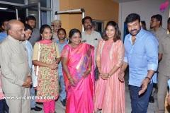 Telangana-Governor-Watched-SyeRaa-in-an-exclusive-premiere-with-her-family-2