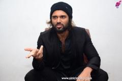 Vijay-Deverakonda-interview-photos-15