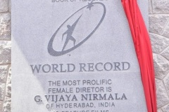 Vijaya-Nirmala-statue-inaugurated-24