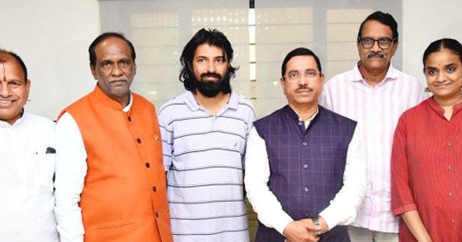 Central Minister Prahlad Joshi Met Ashwinidatt