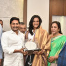 PV Sindhu met AP CM with her parent At secrateria