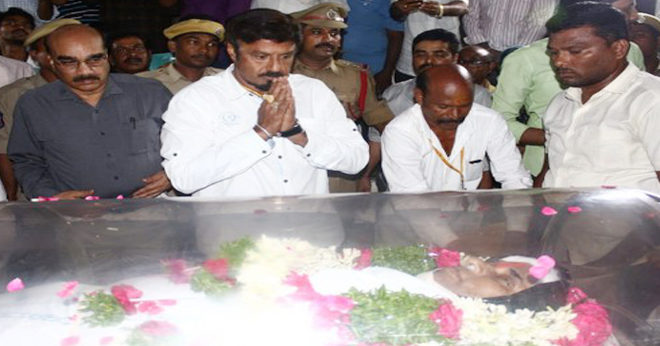 Political celebs pay last respect to Kodela