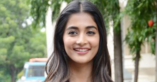 PoojaHegde New Photos