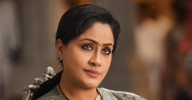 Sarileru Neekevvaru Vijayashanthi look