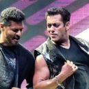 Salman Khan Team at Da-bangg L.B stadium