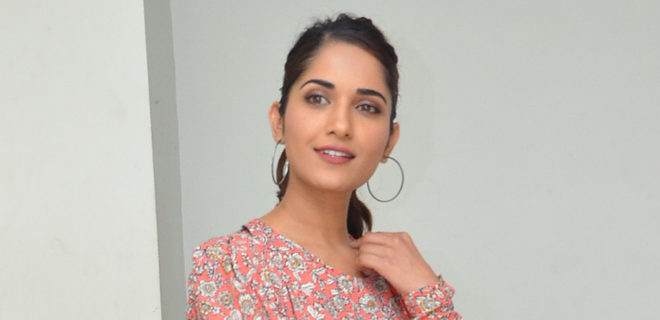 Ruhani Sharma new photos