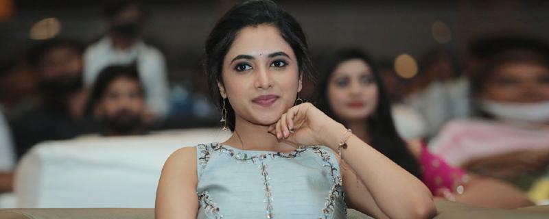 Priyankaamohan New Photos